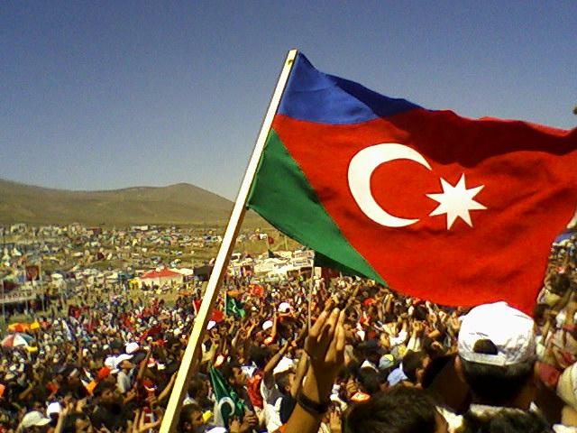 "<p><span style=""color:#e74c3c""><strong>D&uuml;nyanın diqqəti G&uuml;ney Azərbaycanda</strong></span></p>"