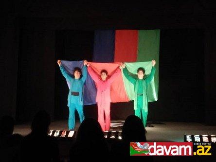 """Bakı Uşaq Teatrında """"Vətən"""" tamaşası"""