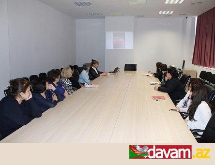 Mərkəzi Elmi Kitabxanada müşavir-diplomat Zahid Yusifoğlu Hüseynzadənin şəxsi kitab kolleksiyasının təqdimatı keçirilib