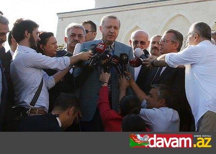 Prezident Rəcəb Tayyib Ərdoğan bayram namazı üçün getdiyi məsciddə huşunu itirib