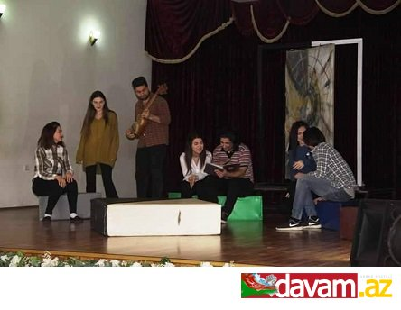 """Bakı Uşaq Teatrının """"Həyatla oyun"""" tamaşasının mart ayı ərzində yeddi universitetdə nümayişi planlaşdırılır."""