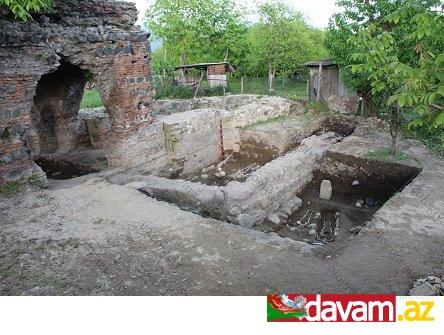Tədqiq edilən alban kilsəsinin daha qədim məbəd üzərində inşa edildiyi kəşf olundu